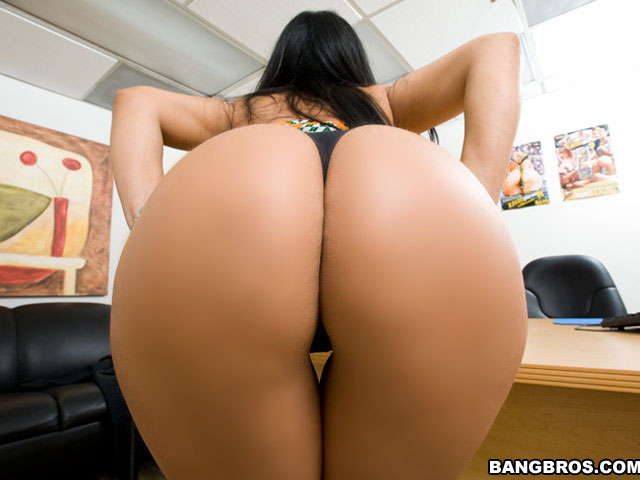 http://x-images4.bangbros.com/backroommilf/shoots/mf4811/bangbros/big3.jpg