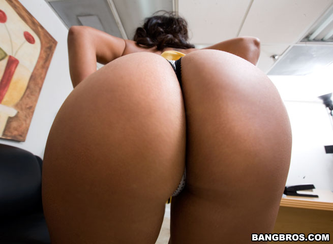 http://x-images4.bangbros.com/backroommilf/shoots/mf4971/bangbros/big5.jpg