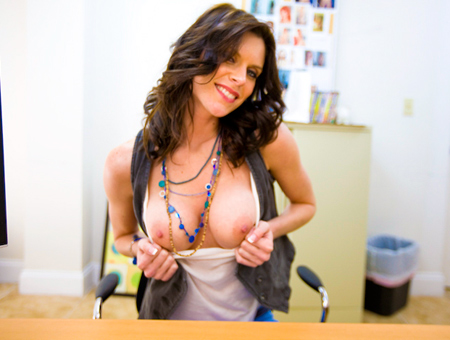 This Milf Wants to Fuck!