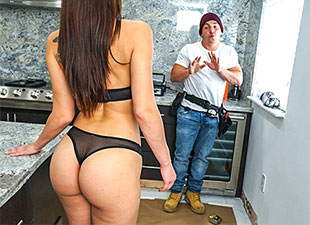 BangbrosClips – Fucks Handy Man – Aidra Fox
