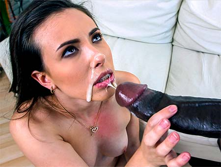 Casey Calvert Finds A Monster Cock To Fuck Her In The Ass Monsters of Cock