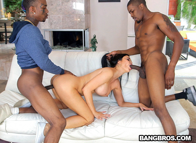 Jasmine Jae - Two Bangers In The Mouth