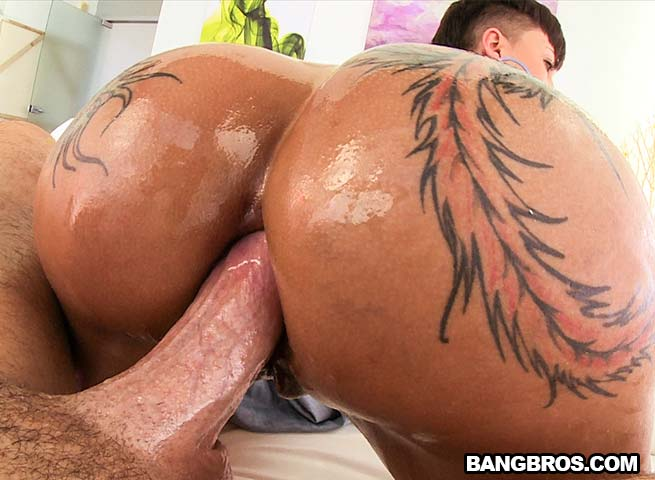 man-fucking-onion-booty-anal-sex-for-oral