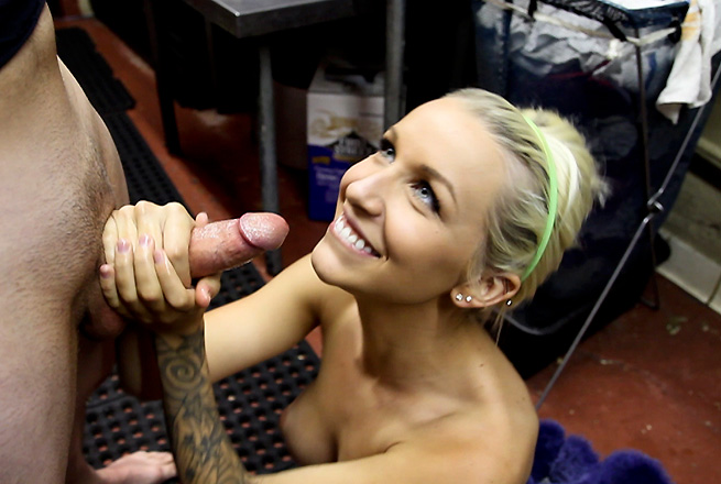 Stevie Shae hand jobs video from Tug Jobs