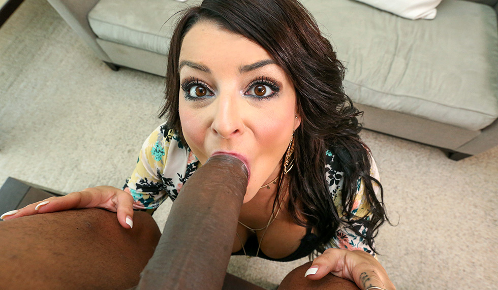 Big Black Lips Sucking Dick