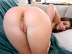 Joseline Kelly Takes a Monster Cock in Her Ass
