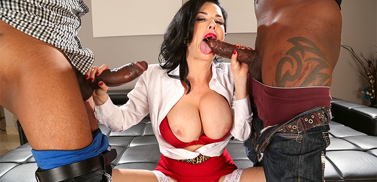 made anna deville squirts while getting double penetrated are definitely