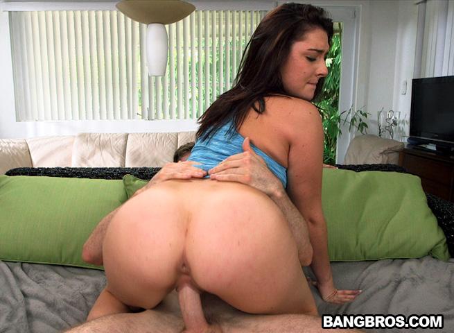 women-with-big-booty-nikki-fucked-older-indian