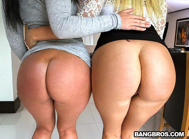 Big Booty Mom Threesome